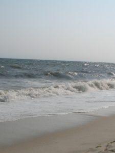 2048px-Atlantic_Ocean-NY